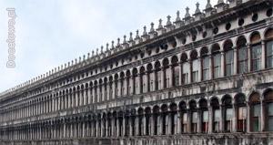 Budynek Prokuracji Starej (Procuratie Vecchie) - zabytki Wenecji